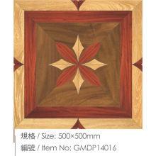 Revestimento de madeira laminado projetado original perfeito da folhosa