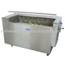 Kimchi vegetable washing and peeling machine