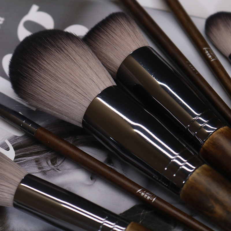 14 Solid wood Makeup Brush 5
