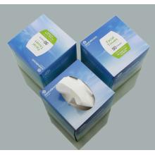 Weiße personalisierte Servietten in der Box