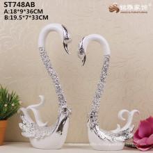 Китай домашнего декора оптовая продажа смолаы плакировкой серебряный лебедь статуэтки для свадебного украшения