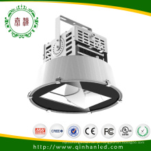 Iluminação da torre do projeto do diodo emissor de luz de IP65 300W com 5 anos de garantia