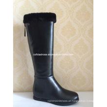 Aumentar dentro de saltos altos Mulheres moda botas de neve de inverno