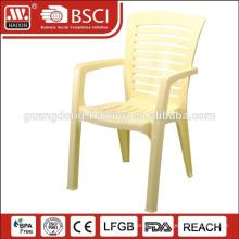 chaises en plastique en gros