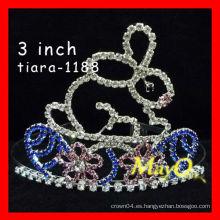 Corona cristalina linda del desfile del conejo de la venta caliente, tamaños disponibles