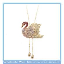 Оптовые 18k золото работает лебедь формы свитер ожерелье 2014