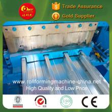 Rollenformmaschine für Stahlblech als Bodenunterstützung