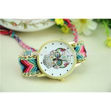 Alibaba promoción top CrossBones diseño personalizado cráneo reloj de cuarzo antiguo