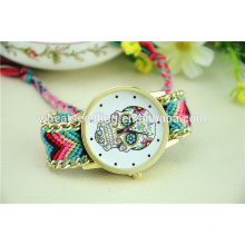 Alibaba promotion top CrossBones personnalisé crâne antique quartz watch