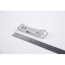 Fraisage CNC des pièces d'usinage anodisées