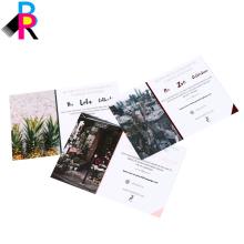 Impressão de livro postal de alta qualidade de fábrica de China com laminado lustroso