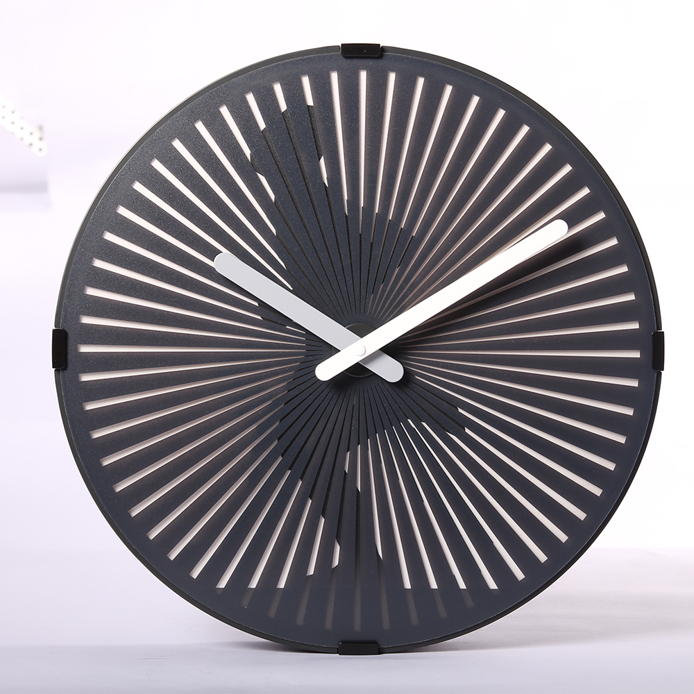 Huge Clock Online