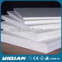 Сделано в Китае 15мм толщина Высокая плотность белого ПВХ пенопласта Легкая мебель Применение ПВХ пена лист
