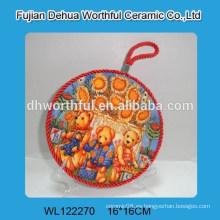 Venta al por mayor Rusia tipo jarrón titular de cerámica agradable con cuerda de elevación