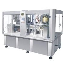 Machine de remplissage et de fermeture de canettes