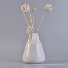 Simple White Ceramic Fragrance Diffuser Bottles