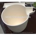 Alumina melting crucible with handle