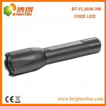 Fabrik-Versorgungsmaterial-gute Qualitäts-kleine Taschen-Größe langer Strahl 1AA oder 14500 batteriebetriebene Cree führte Fackeln für Verkauf