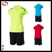 Kundenspezifische Frauen-Fußball-Uniform Dri passende Uniform
