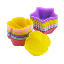 Flower-shaped baking paper cup silicone cake mold heat-resistant and reusable food-grade silicone mold
