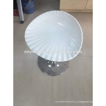 Стул белого цвета XYN2752