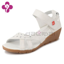 Sweet nude fashionable sandals shoes for women