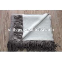Le lit à tricoter Pure Face Cashmee à deux côtés lève des couvertures