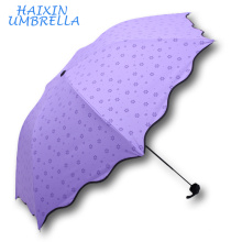 Regalo de la promoción 21 pulgadas Super Llight Súper Brillante Color Tres pliegues Mano Paraguas Paraguas Paraguas Paraguas De Goma Negro Anti UV para Chica