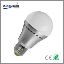 Самые лучшие сбывания качества Kingunion! Привели лампочку шарика, сертификат 3w / 5w / 7w CE & RoHS