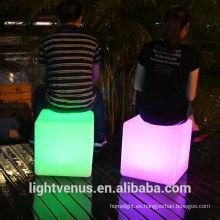 China Manufactuer 30cm muebles al aire libre de LED Cube Table barato