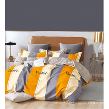 Elegante Bettdecke mit Blumenmuster aus Twill-Baumwolle