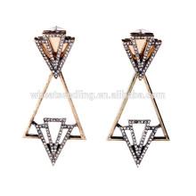 Triangle de géométrie accrochant des boucles d'oreilles en diamant ethnique