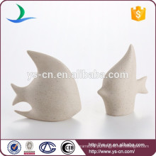 Peças de cerâmica de moda mostram peças para decoração