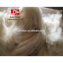dehaired fibras de cachemira de lana de oveja mezcladas en color crudo para hilados de suéter