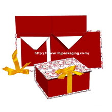 Embalagem de papel de luxo dobrando a caixa cosmética