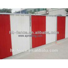 panel de la ciudad panel del colorbond cerca de la valla de la privacidad valour colourbond enfrentó acaparamiento