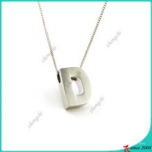 Argent Plain Lettre D Charms alliage collier en gros (FN16041811)