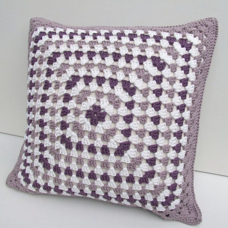 2 5crochet Cushion Cover