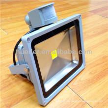 Huerler venta caliente impermeable 100-240v 12-24v dc 10-320w ip65 proyector llevado al aire libre 50w (solar / sensor de PIR / RGB / SMT)