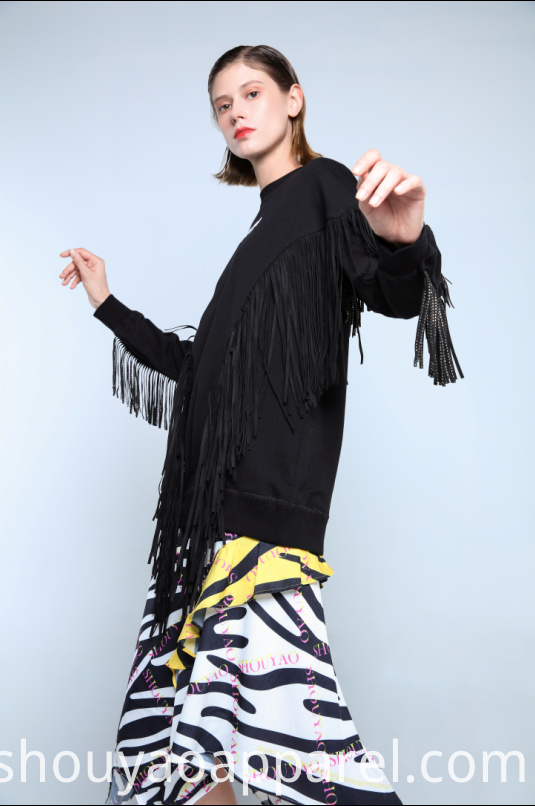 SWEATSHIRT WITH TASSELS DECORATION