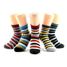 Zhuji Factory Customized Supply Fashion Colorful Strips Cotton Polyester Socks