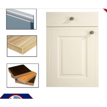 Portes d'armoires de cuisine en MDF en PVC avec poignées et bordures (zhuv)