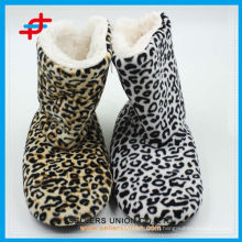 2015 super soft ladies winter fashion leopard print home half boot socks