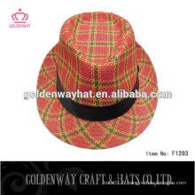 Chapeau de fille et chapeau funky