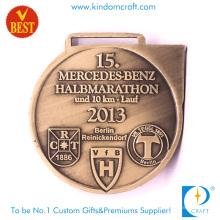 Médaille personnalisée de haute qualité de la mode 3D en métal de 10km Marathon avec l'estampillage de cuivre