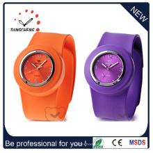 Moda impermeable pulsera de silicona Slap reloj de pulsera de cuarzo (DC-534)