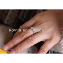 Новое кольцо обручального кольца с бриллиантами 925 пробы
