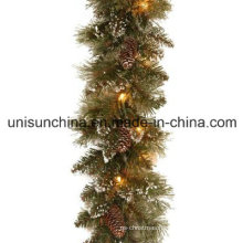 Pre-Lit Sparkling Pine Garland with 100 Clear Incandescent Lights (MY205.446.00)