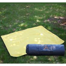 600D Oxford Picknickdecke aus 100% Polyester im Freien