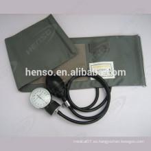 Homologación CE Esfigmomanómetro aneroide con anillo en D, bombilla de PVC y bolsa